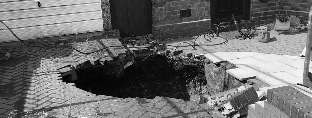 Black and White Sinkhole Image